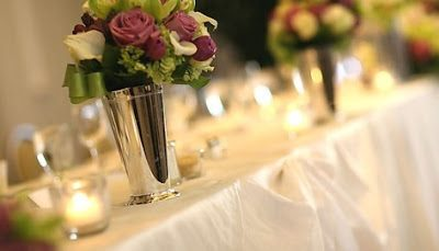Pros & cons of hiring a wedding planner